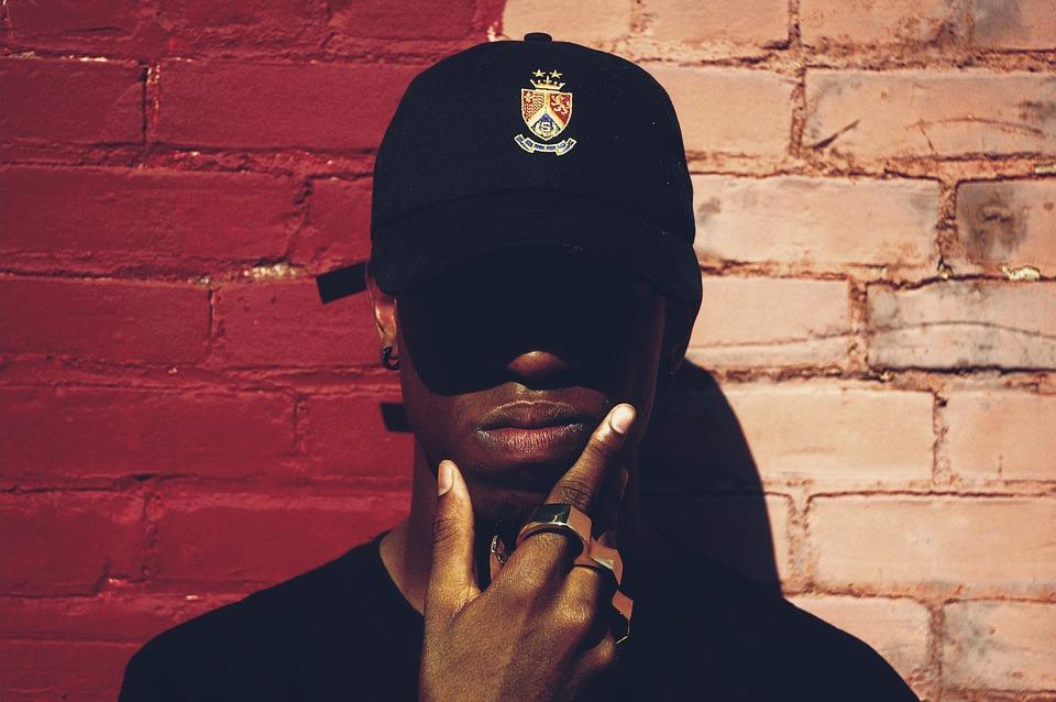 czapki z daszkiem męskie